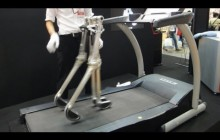 Passive Walking Robot Propelled By Its Own Weight #DigInfo