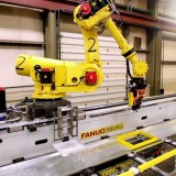"FANUC R-2000iB ""Flying Robots"" in Camshaft Machining Center -- Courtesy of TranTek Automation"